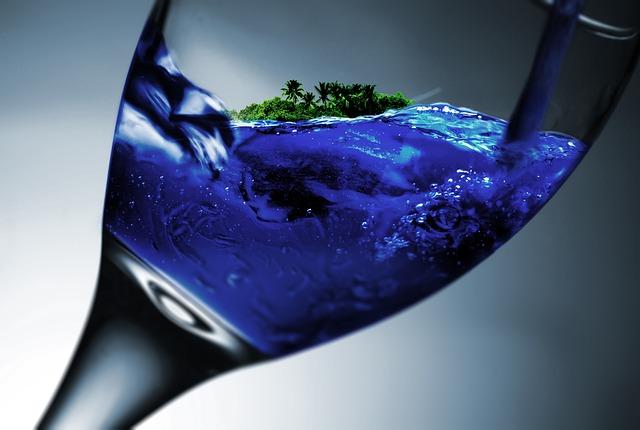 glass-845853_640