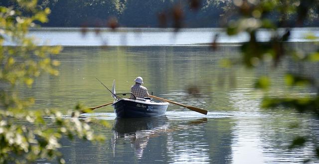 boat-trip-1506341_640