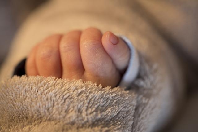 birth-1146370_640