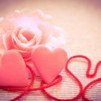 【恋を進展させたい人必見!】脈あり行動を見抜く方法教えます